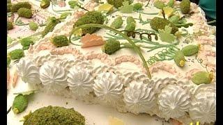 Рекорд -150 кілограмів святкового торту!