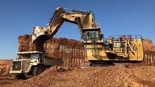 Video Cat 6040 Excavator Loading Dumpers And Operator View MP3, 3GP, MP4, WEBM, AVI, FLV Juli 2019