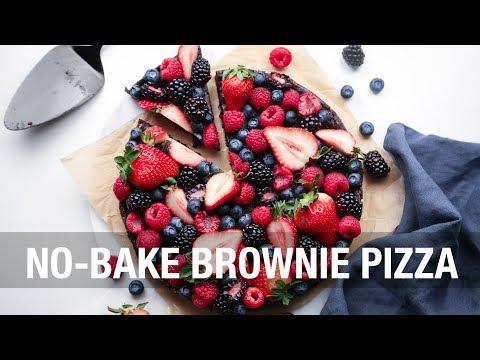 No Bake Berry Brownie Pizza