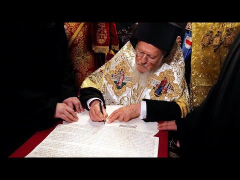 Ukraine: Eigenständige Nationalkirche formell für una ...