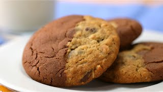 Double-Sided Cookie With Oatmeal Chocolate Chip And Chocolate Peanut Butter • Tasty by Tasty