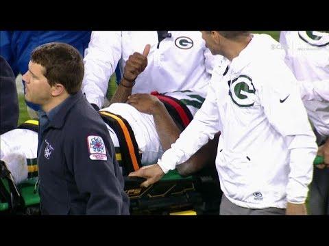 Davante Adams evaluated for head, neck injuries after helmet-to-helmet hit