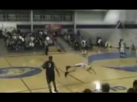 High - Chris Paul's incredible crossover makes his opponent fly! (High School) Please subscribe! Check out my NBA-Highlights channel: http://www.youtube.com/user/NBAHighlights77 All rights belong...