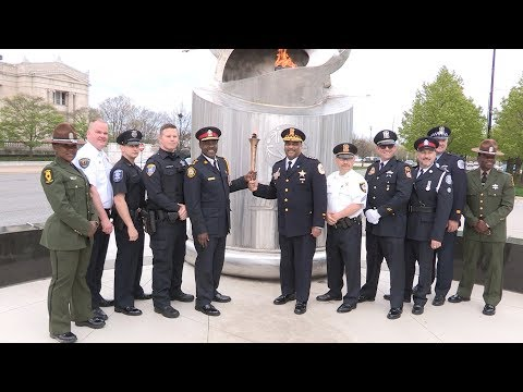 @TorontoPolice Brings Special Olympics Torch from Chicago for #YouthGames2019 May 14-17