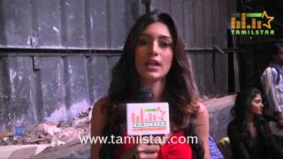 Erica Fernandes at Vizhithiru Movie Shooting Spot