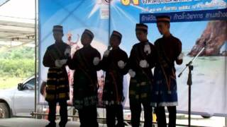 ร้องเพลงอนาซีด (ภาษามลายู)