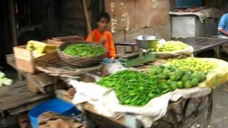 Haldwani India  City pictures : Indian Vegetable Market Area in Haldwani India ...Gobi...MMmmm :)