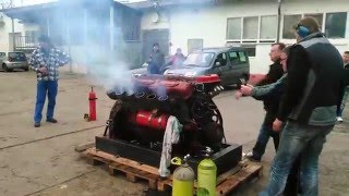 Video 1.Start V12 Diesel Panzermotor Tank Engine 39l Hub, 580PS MP3, 3GP, MP4, WEBM, AVI, FLV Agustus 2019