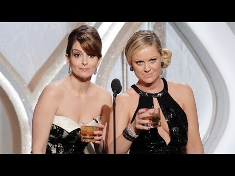 Tina Fey, Amy Poehler Reuniting For Movie,
