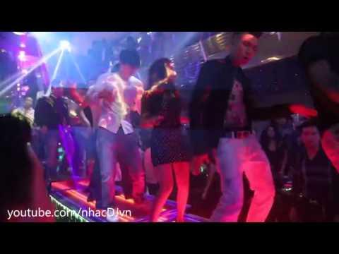 Nonstop Quẩy Tung Sàn Cùng Các DJ Tại Quán Bar Phần 16