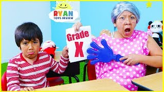 Video Ryan Pretend Play Learning Healthy Choices at School!!! MP3, 3GP, MP4, WEBM, AVI, FLV Juni 2019