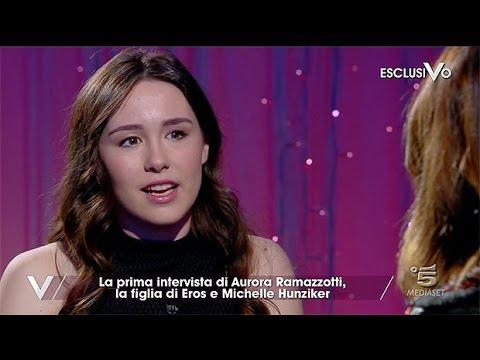 """Aurora Ramazzotti sul flirt con Riccardo Marcuzzo: """"Siamo usciti una sola volta"""""""