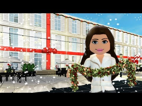 DECORATING AMBERRY HOTEL FOR CHRISTMAS on Bloxburg  Roblox