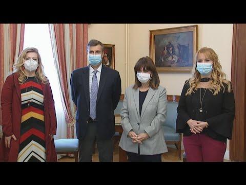 Η ΠτΔ εμβολιάστηκε απέναντι στον ιό της γρίπης και στον πνευμονιόκοκκο