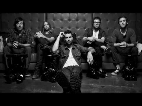 Maroon 5 Tangled levine