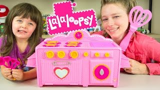 Lalaloopsy Baking Oven Toy Review by Kinder Playtime! Our friends at MGA Entertainment sent us the Lalaloopsy Baking Oven...