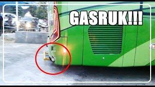 Video [GRAK!!] 4 Bus Pariwisata GASRUK!! sampai mentok!! masuk kawasan parkir MP3, 3GP, MP4, WEBM, AVI, FLV Juni 2018