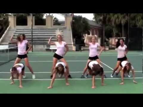 "Rollins College Women's Tennis Team Dance to ""Gangnam Style"""