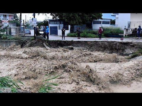 Τρεις αγνοούμενοι στην Εύβοια εξαιτίας του κυκλώνα «Ζορμπά»…