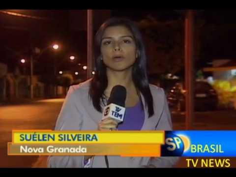 POLICIAIS JOGA BOMBA  EM TORCEDORES JOGO DO BRASIL EM NOVA GRANADA SP.wmv