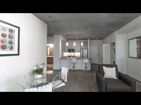 An 07-tier 2-bedroom, 2-bath model at Streeterville's new Sienna apartments
