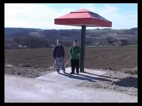 Avtobusno postajališče v Srbiji