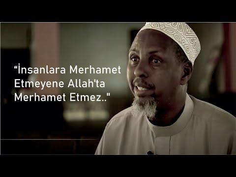 """İnsanlara Merhamet Etmeyene Allah'ta Merhamet Etmez.."""