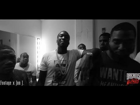 "Meek Mill - Freestyle on ""Dreams & Nightmares"" Tour"