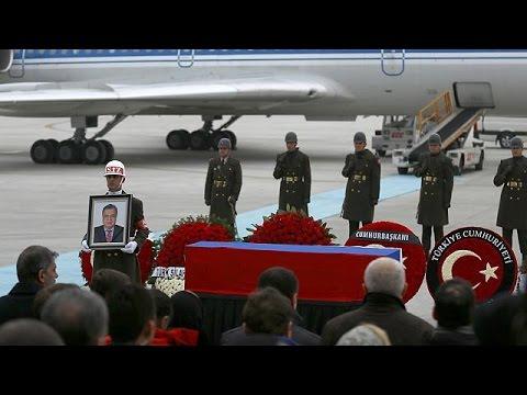 Ρωσία: Στη Μόσχα η σορός του Ρώσου πρέσβη Αντρέι Καρλόφ