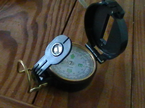 Using A Lensatic Compass (For Dummies)