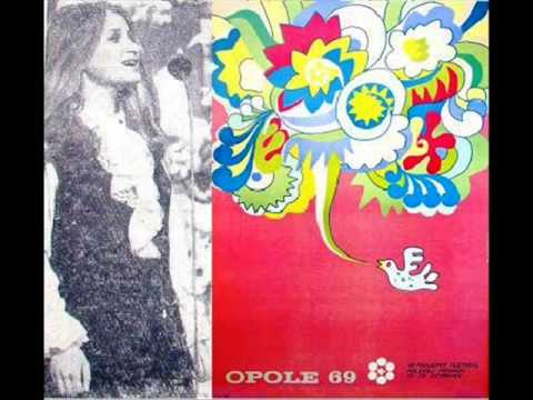 Tekst piosenki Danuta Sobik - Wiatr, wiosenny gitarzysta po polsku
