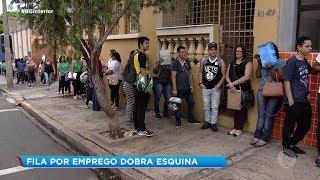 Bauru: filas por emprego chegam a dobrar quarteirões