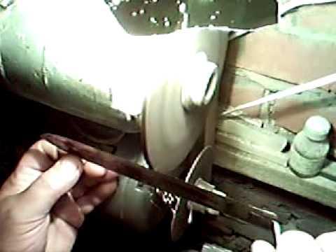 моя пасека (заточка пчеловодного ножа 1).3gp (видео)