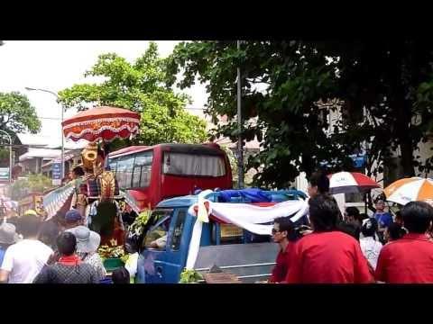 2013 Pee Mai Parade in Vientiane (3)