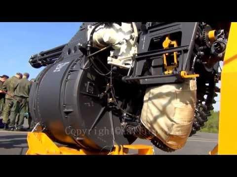 Hornet F18 gun. M61 Vulcan gatling...