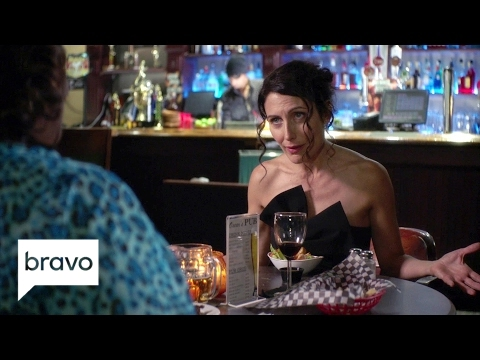 Girlfriends' Guide to Divorce: Abby's Wing Woman Fail (Season 3, Episode 3) | Bravo