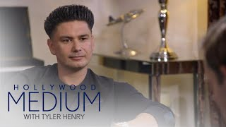 Video Tyler Henry Decodes How DJ Pauly D's Best Friend Died | Hollywood Medium with Tyler Henry | E! MP3, 3GP, MP4, WEBM, AVI, FLV Maret 2018