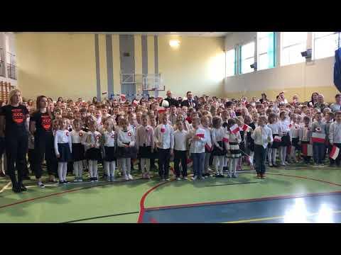 Wideo: Szkoła do hymnu - w SP1 w Polkowicach