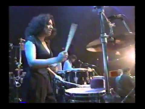 Narada Michael Walden in Japan 1995 Tonight I'm Alright (incl Sheila E solo)