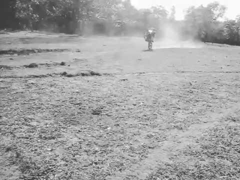 Motocross   treino   em CARNEIRINHO-MG ..