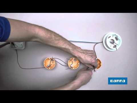 Kruis- en parallel schakelaar aansluiten & Elektriciteit leggen   GAMMA België