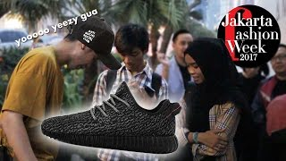 Video WEARING SUPER FAKE YEEZY at JAKARTA FASHION WEEK 2017!! MP3, 3GP, MP4, WEBM, AVI, FLV Februari 2018