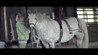 Nonton The Book Sunday Horse - Behind the Scenes Film Subtitle Indonesia Streaming Movie Download