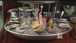 The Phantom Gourmet's Dan Andelman highlights some of the areas best oyster bars.