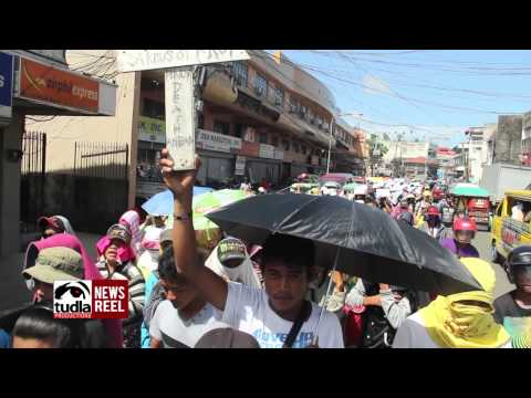 NEWSREEL: 12,000 typhoon Yolanda victims from E. Visayas marched to protest Aquino gov't neglect