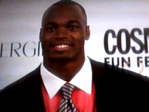 *NEW* ADRIAN PETERSON'S SEAFOOD ALLERGY SENT TO ER