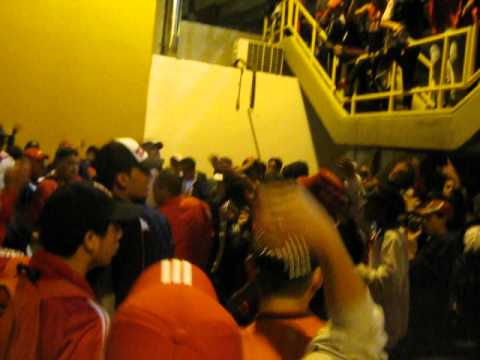 La Orquesta DISTURBIO ROJO BOGOTA (AMERICA VS bogota ) - Disturbio Rojo Bogotá - América de Cáli