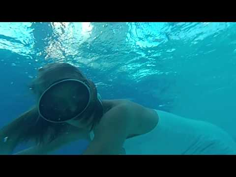 ePrice - HTC RE 慢動作水下錄影樣本 Underwater slow motion video recording sample
