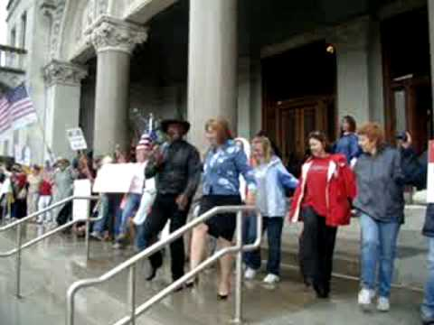 **TEA PARTY EXPRESS** A Chorus Line of Patriots Sept 11, 2009