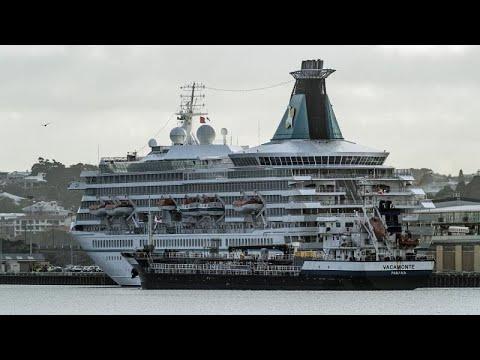 MS Artania: 46 Erkrankte an Bord - 832 sollen nach De ...